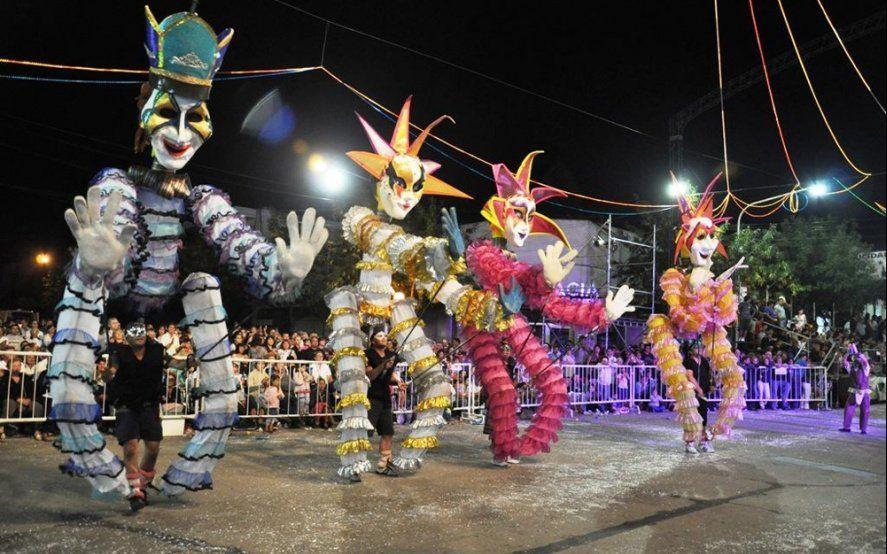 Fiestas tradicionales, gastronomía y carnavales: ¿Qué planes tenés para el último fin de semana de febrero?