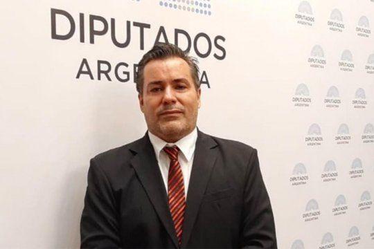 Juan Ameri puede ser condenado a 15 días hasta 6 meses de prisión por estorbo de acto funcional.