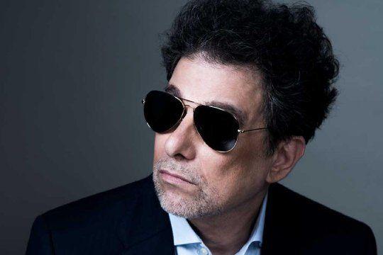 Andrés Calamaro parece estar dedicado exclusivamente a lo que mejor le sale: la música.