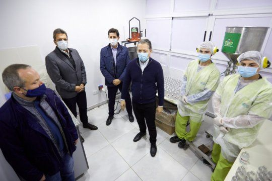 inauguraron un laboratorio de deteccion de casos de covid-19 en esteban echeverria