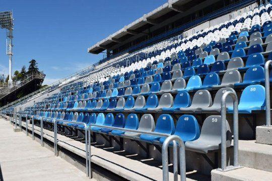 La platea Néstor Basile en el estadio de Gimnasia