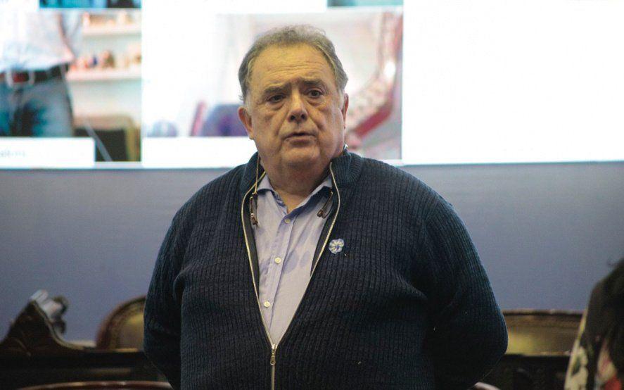Acusan a Berra de investigar cuentas para extorsionar con la complicidad de Carrió y Vidal