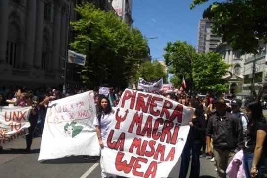 chilenos en argentina: ?somos nosotros los encargados de informar a nuestras familias?