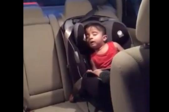 ?cuando no das mas y ponen tu cancion favorita?: el video viral de un fanatico del ?baby shark?