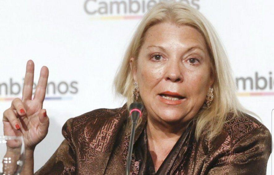 Elisa Carrió denunció que la organización La Cámpora ofrecía vacunar a las personas sólo si se afiliaban