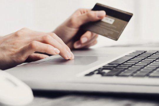 denuncian estafas bancarias utilizando cuentas falsas de visa, netflix, anses y pago mis cuentas