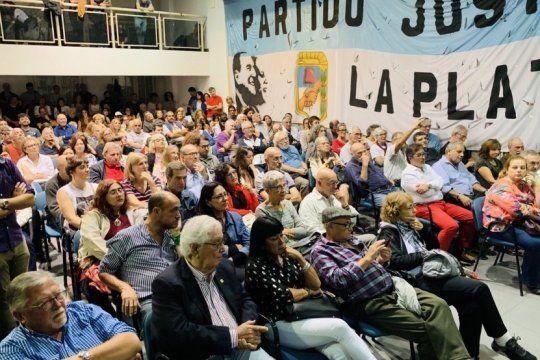 todos a la final: habra internas picantes en el peronismo en la plata y en 11 municipios de conurbano