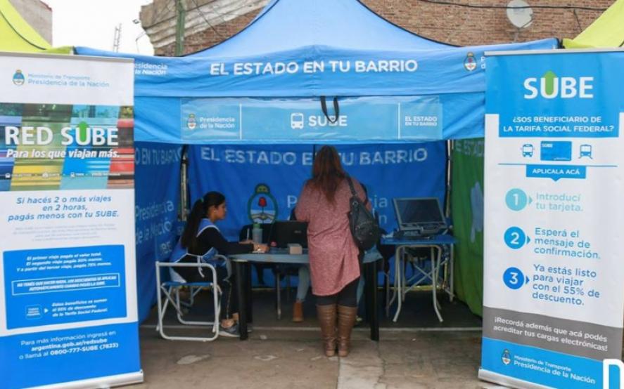La Plata: 6 mil chicos aún no tienen AUH y montan campaña para empadronarlos