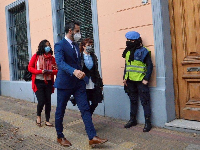 Leopoldo Luque, este mediodía, al llegar a la fiscalía de San Isidro
