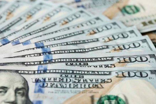 En lo que va del año, el dólar blue bajó $12