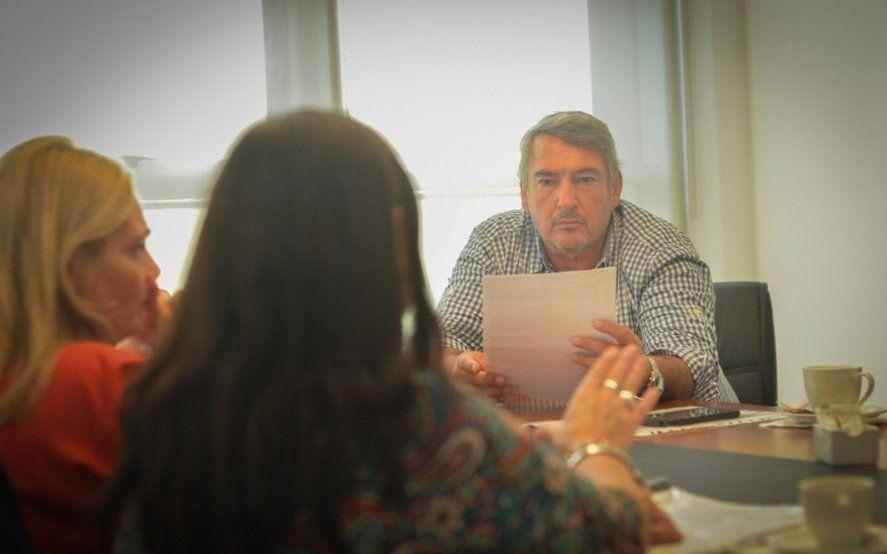 D'Onofrio recibió a docentes sumariados por el gobierno de Vidal