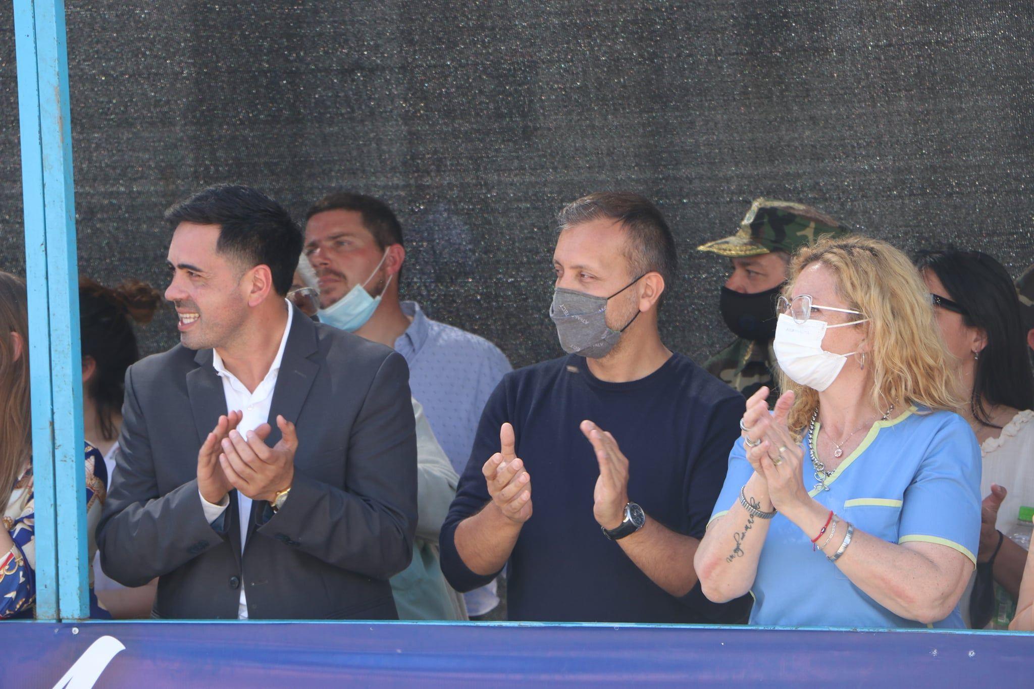 la oposicion puso el grito en el cielo por un polemico acto en carmen de areco