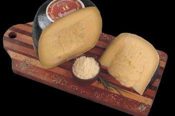 armaron una peticion para cambiar el nombre del queso sardo por quesardo