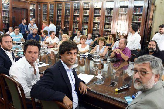 sera este miercoles: provincia convoco al segundo encuentro paritario a docentes