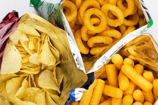 prohiben la venta y el consumo en todo el pais de una marca de snacks