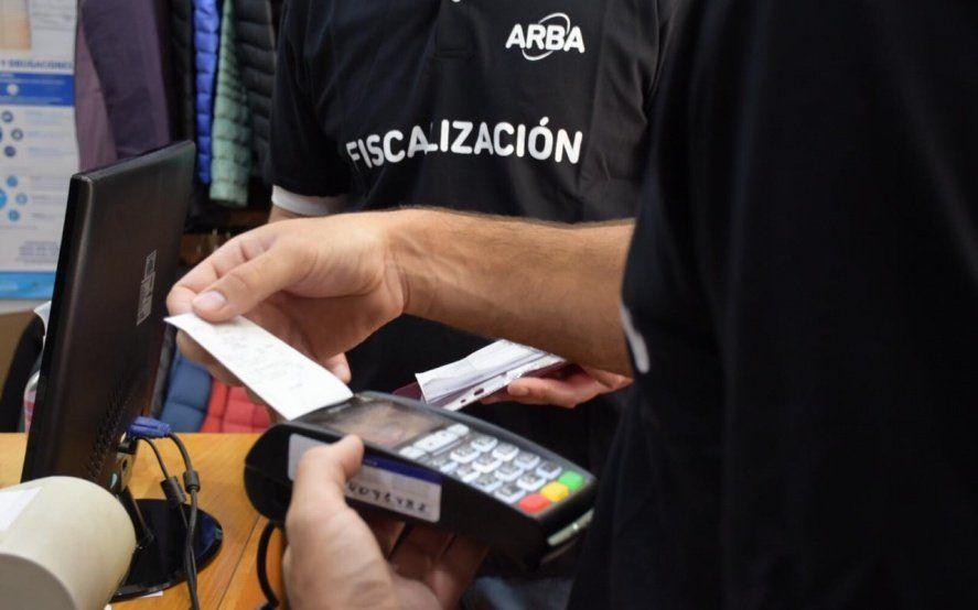 En los últimos seis meses, 40 mil comercios bonaerenses instalaron dispositivos de pago electrónico