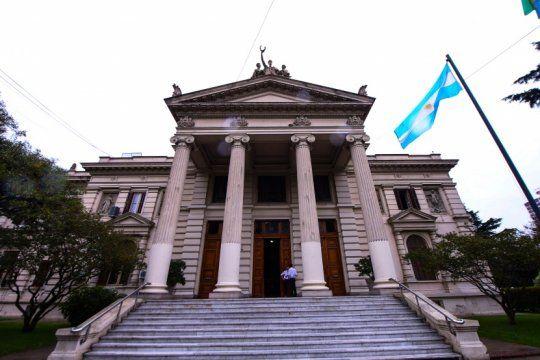 la plata: hay cortes de transito por la apertura de sesiones en la legislatura