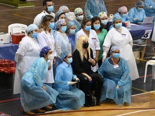 Susana Giménez recibió la vacuna de Pfizer en Uruguay