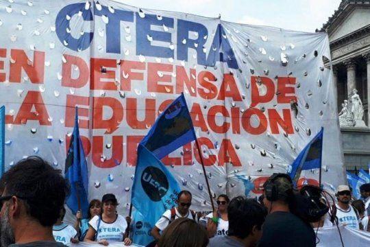 Los docentes enrolados en Ctera pidieron la suspensión temporal de clases presenciales