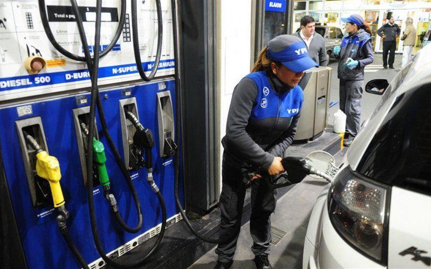 Efecto Arabia Saudita: ¿A cuánto se va la nafta después del congelamiento de precios?