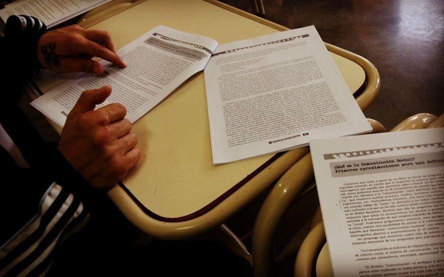 Estudiar en la cárcel: conocé los nuevos convenios entre la UNLP y el Ministerio de Justicia