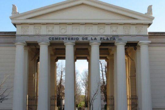 reabriran el cementerio de la plata y piden a la provincia por el ultimo adios en hospitales