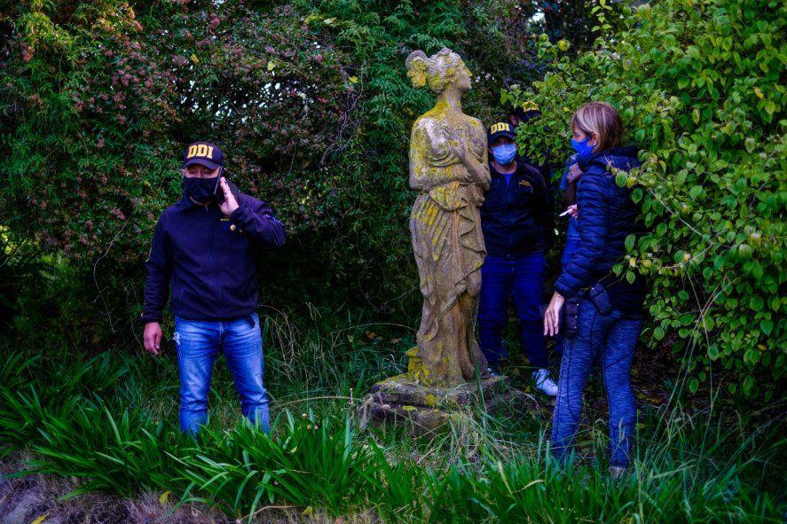 La estatua Sirena de Mar del Plata es una obra de fundición de 1900 traída desde los Altos Hornos y Fundiciones de arte del Val D'Osne