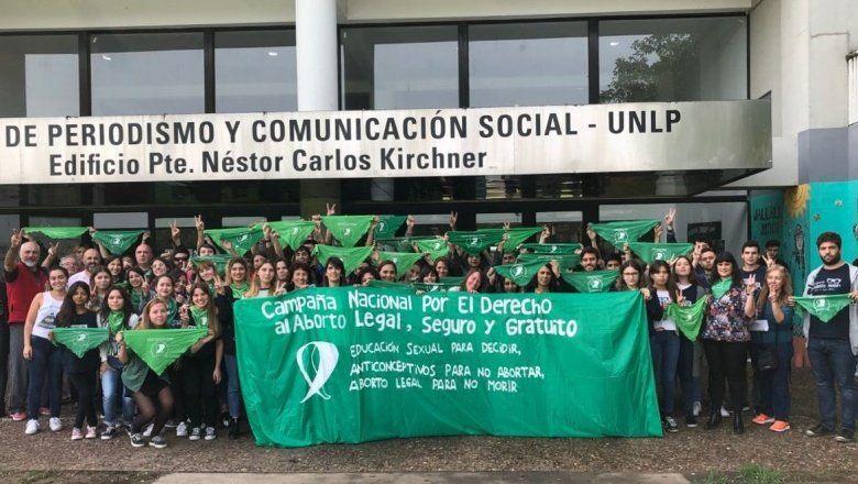 La UNLP se viste de verde: los estudiantes podrán faltar para participar de la marcha por el aborto legal