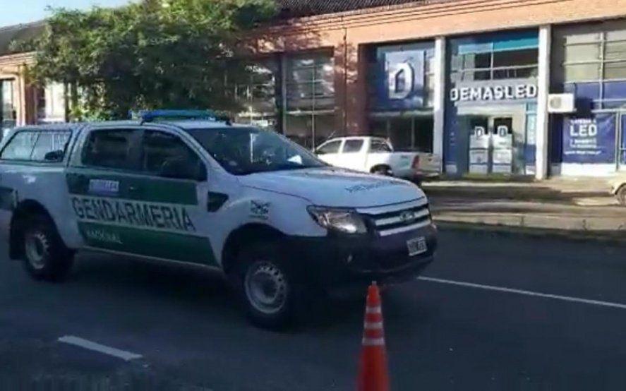 Coronavirus: Gendarmería recorre las calles y por altoparlantes recomienda no salir de las casas
