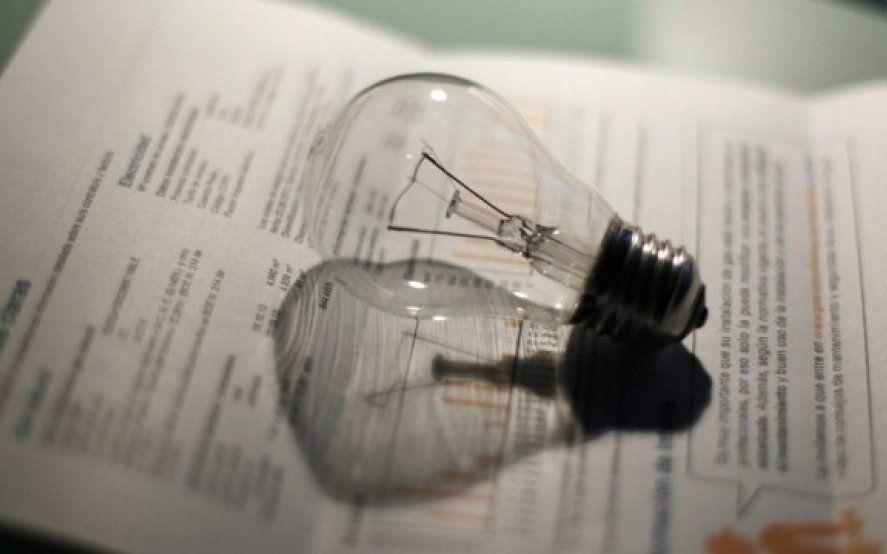 Las facturas de luz y gas, de los servicios más criticados por los usuarios