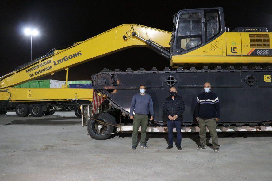 Secco había presentado la etroexcavadora anfibia en Ensenada