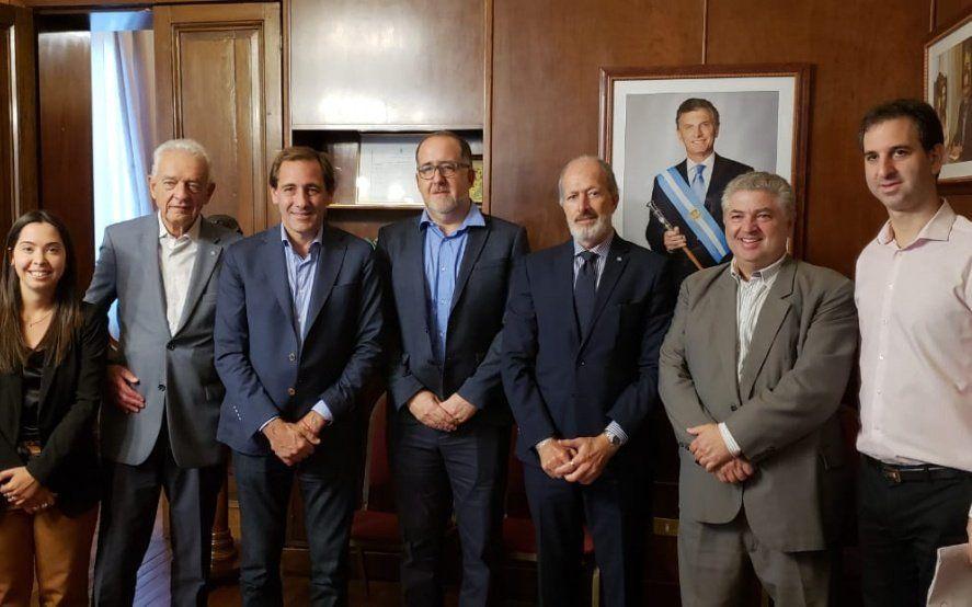 Reunión institucional entre Julio Garro y autoridades de la DAIA