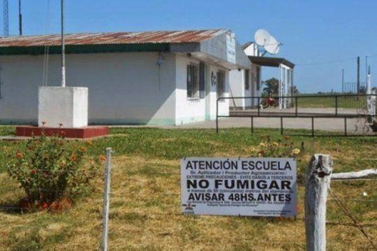 docentes rurales denuncian que las fumigaciones enferman a sus alumnos y piden urgentes medidas