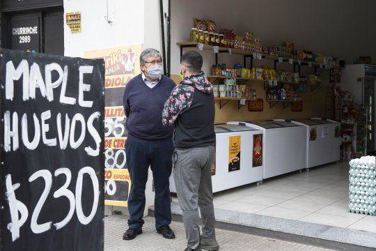 El Chino Navarro escuchó el reclamo de los comerciantes del Conurbano.