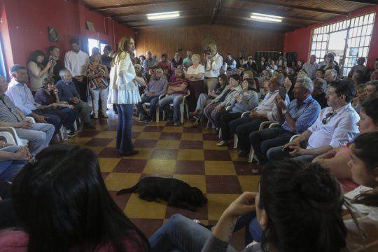vidal continua con la gira por diferentes distritos en su campana electoral netamente provincializada