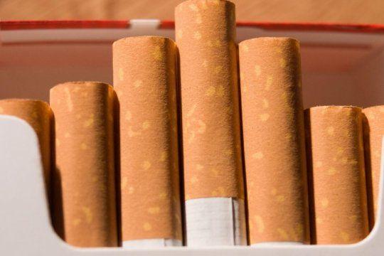 una tabacalera aumenta sus cigarrillos un 6% desde este viernes en todo el pais