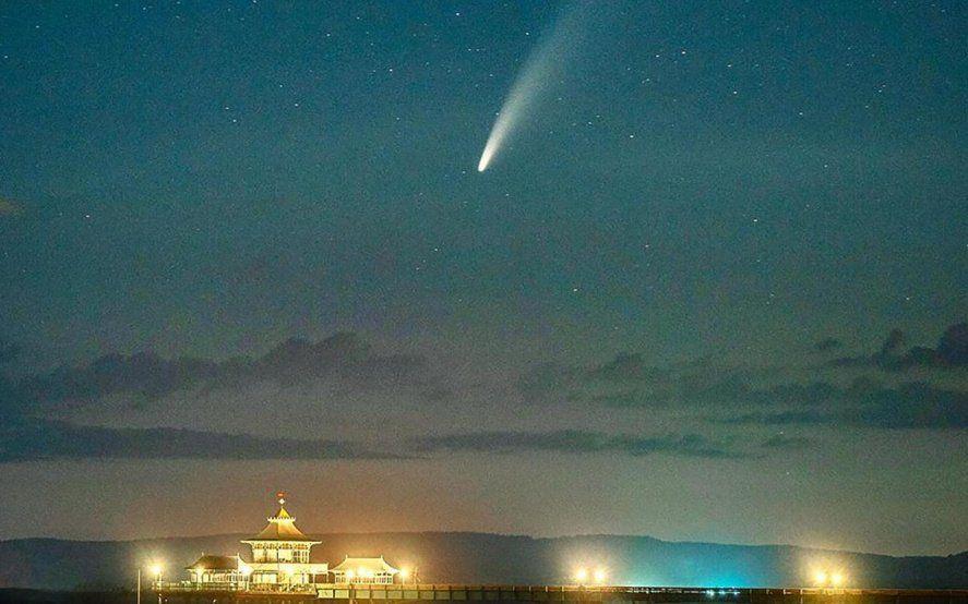 La impresionante vista del cometa NEOWISE desde la estación espacial de la NASA