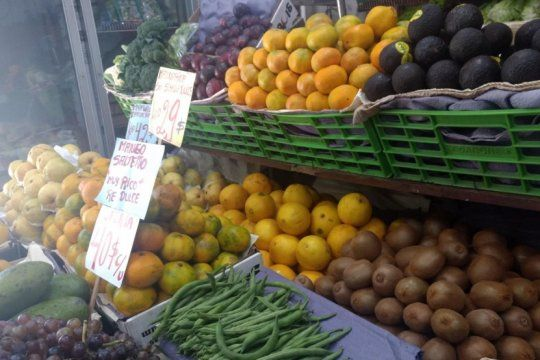 lanzan ferias de frutas y verduras con precios mas baratos que los del mercado central
