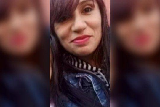 villa centenario: mato a martillazos a su ex pareja y a la hija de 2 anos, prendio fuego la casa e intento suicidarse