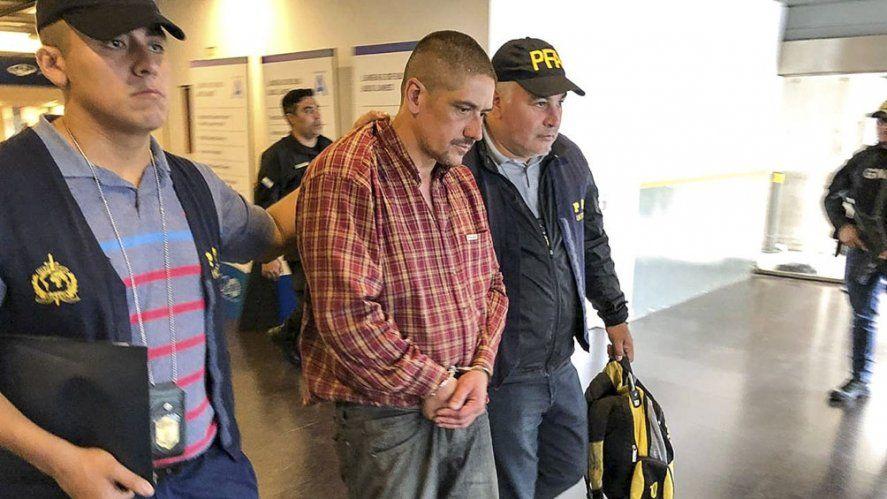 Denuncian por abuso sexual al hijo de un violador serial. El joven investigado es hijo Walter Brauton (foto)