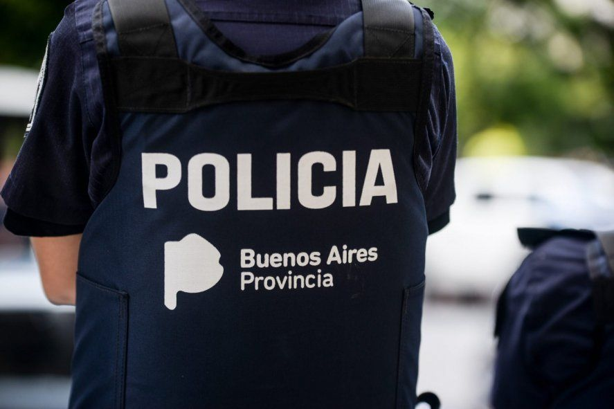 Hoy indagan al comisario inspector detenido y acusado por abusos en Bahía Blanca