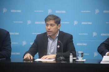 Axel Kicillof realizó anuncios sobre clases, comedores y vacunas