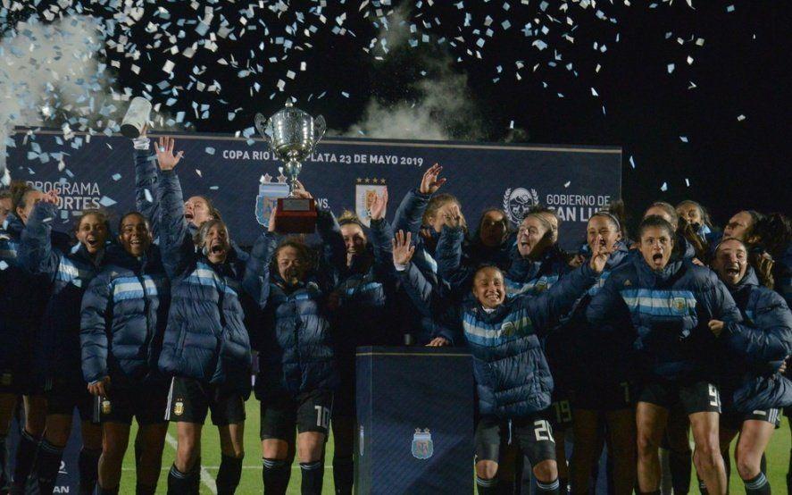 El año soñado de las pibas: La Selección se despidió ganando ante miles de personas