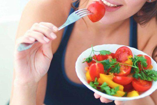 alimentarse en verano: consejos para comer sano, ordenado y equilibrado en las vacaciones
