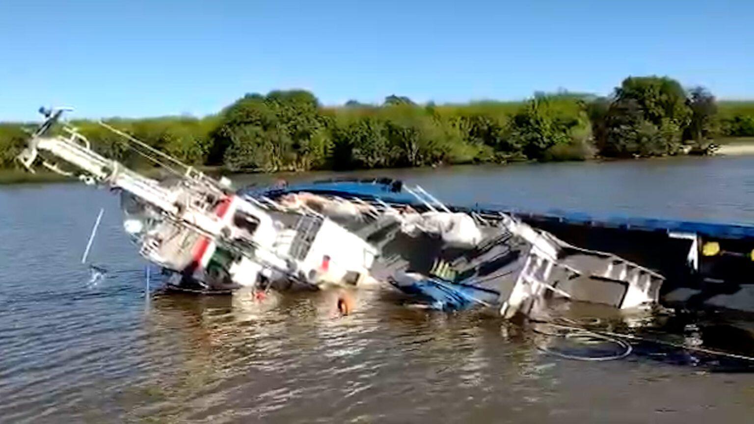 El accidente se produjo en pleno ingreso al Puerto de La Plata