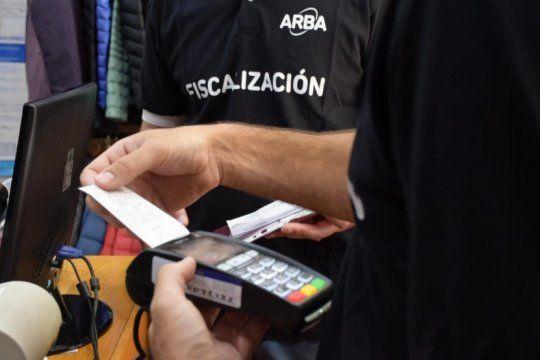 ya son 40 mil los comercios que instalaron dispositivos de pago electronico en 2019