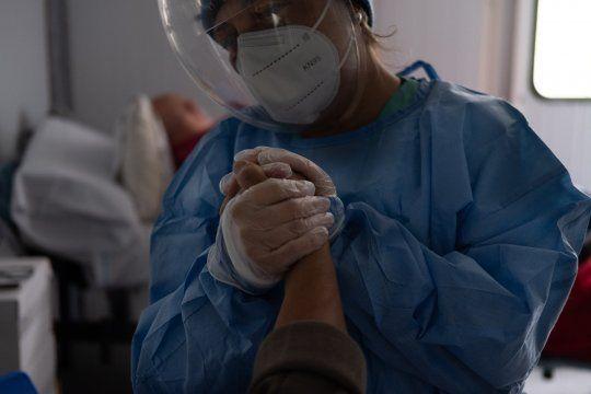 Advierten que muchos hospitales están al límite de ocupación de camas por el coronavirus.