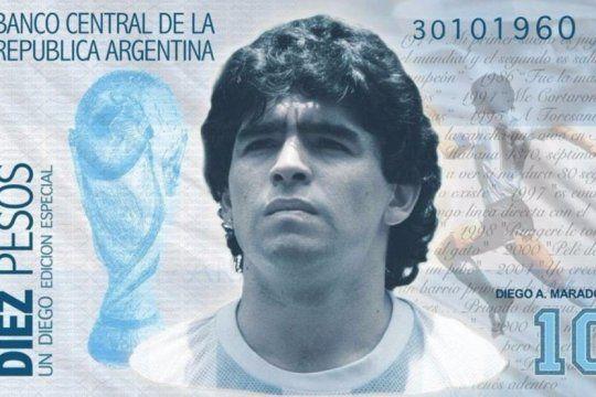 ¿la mano de dios?: proponen un billete con la cara de maradona para salvar la economia argentina