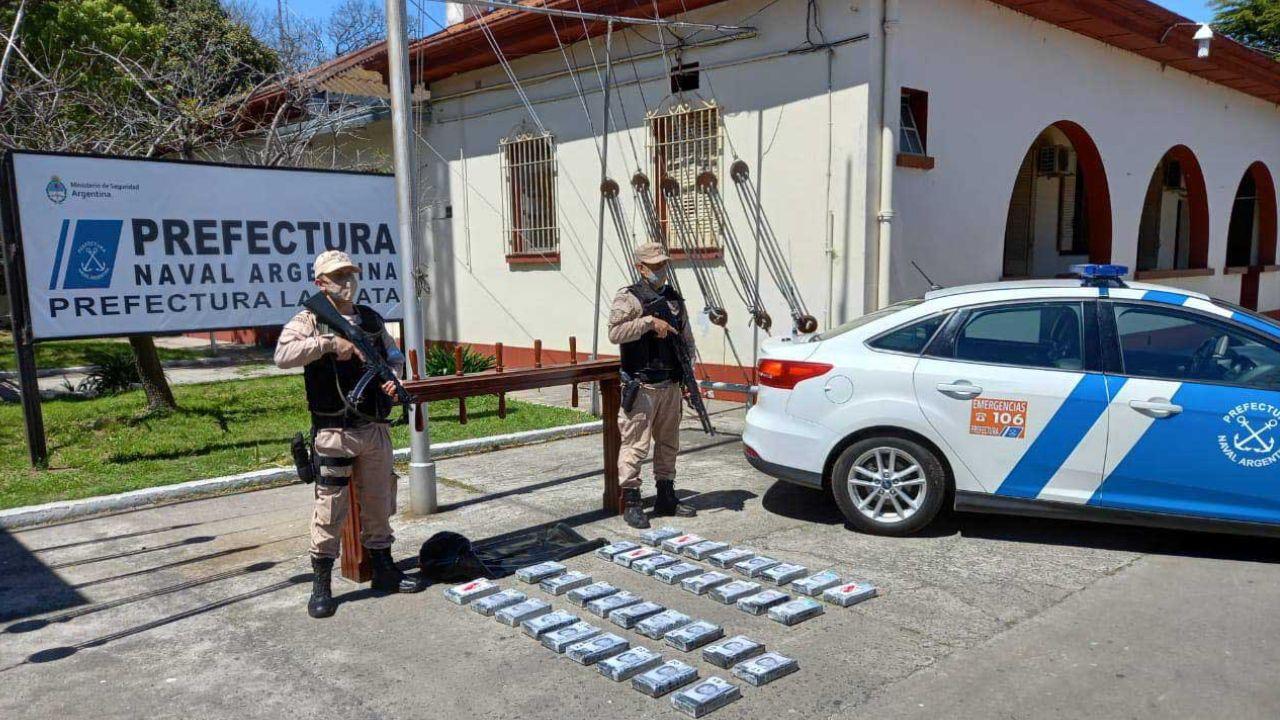 naufragos con cocaina en ensenada: declara un sobreviviente