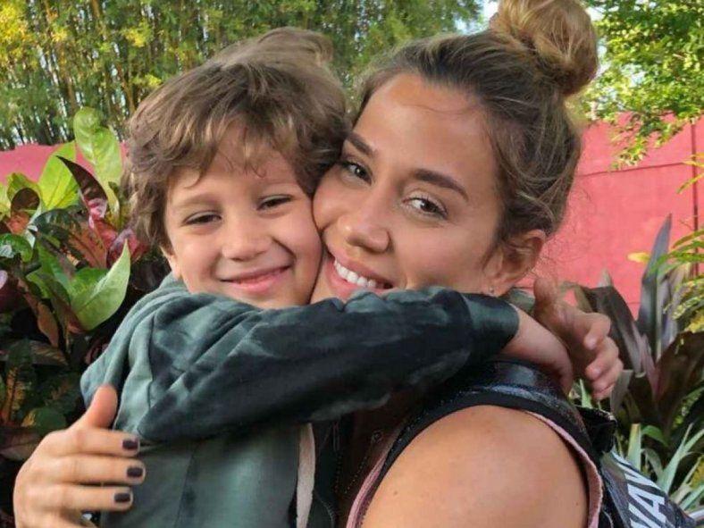 Jimena Barón y su hijo Morrisey.